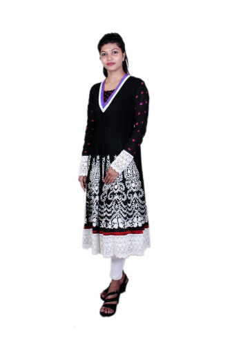 Black n white embroidered kurta