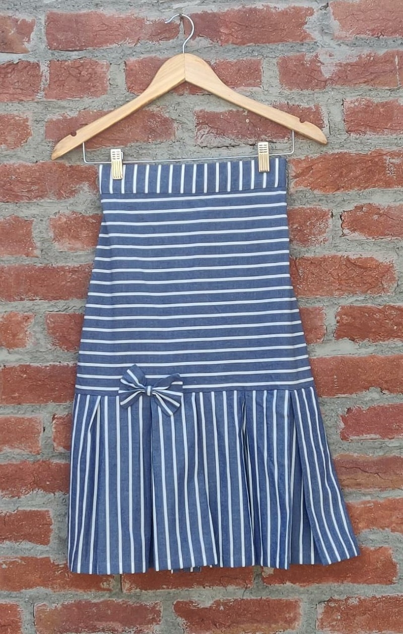 Dora Stripe blue box pleats skirt